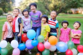 [视频]孩子们的欢乐家园